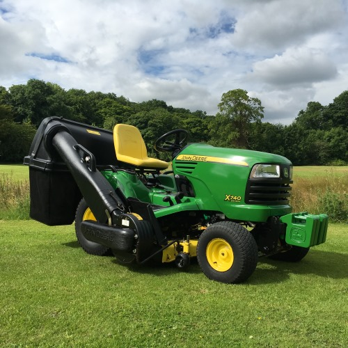 John Deere 740 Tractor : John deere garden tractor bertie green