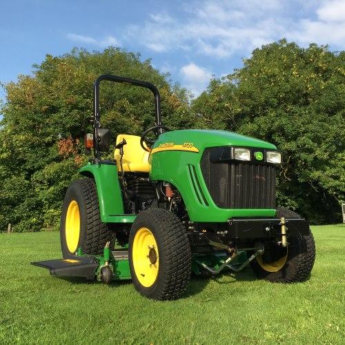 John Deere 3720 Attachments : John deere compact tractor bertie green