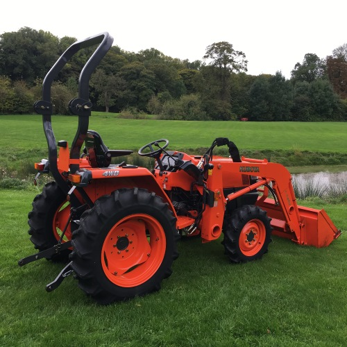 Kubota L3200 Compact Tractor with Loader - Bertie Green