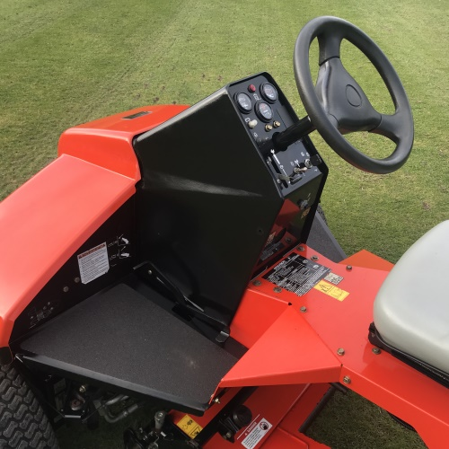 Jacobsen Tri-king 1900D Triplex Mower - Bertie Green